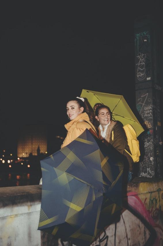 Leichte Knirps Regenschirme